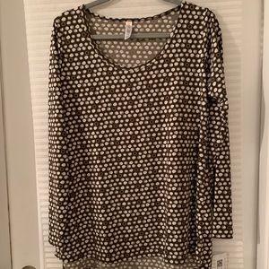 Lularoe Large Lynnae Shirt NWT